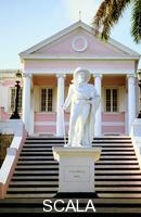 ******** Statue of Columbus outside Government House, Nassau, Bahamas.